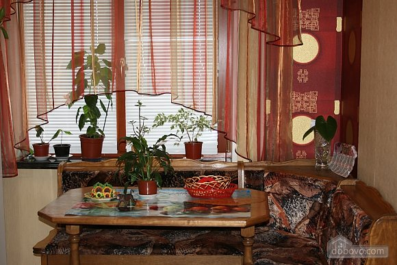 Cozy apartment on Kievskaya, Zweizimmerwohnung (21895), 002