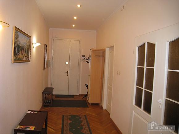 Квартира в центре Киева, 3х-комнатная (44609), 014