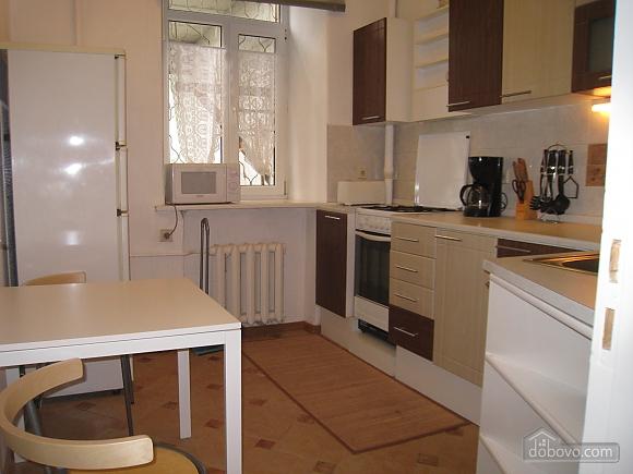 Квартира в центре Киева, 3х-комнатная (44609), 015