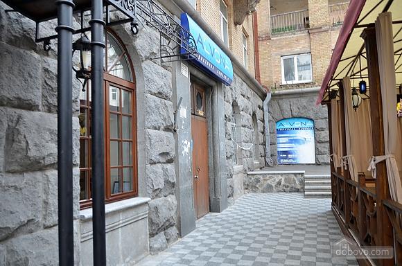 Современная квартира в центре Киева, 2х-комнатная (67192), 015