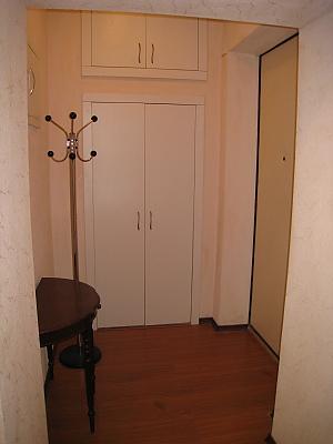 Contemporary apartment in Kyiv center, Un chambre, 016