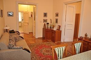 Современная квартира в центре Львова, 3х-комнатная, 001