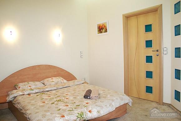 Люкс Апартаменты, 3х-комнатная (89906), 010