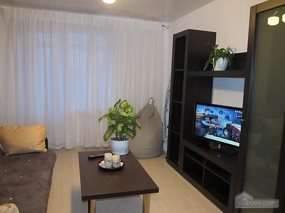 Luxury near market, Studio (45203), 003