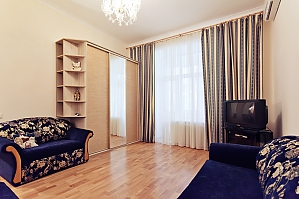 Cozy one bedroom apartment in the center of Kiev, Una Camera, 002