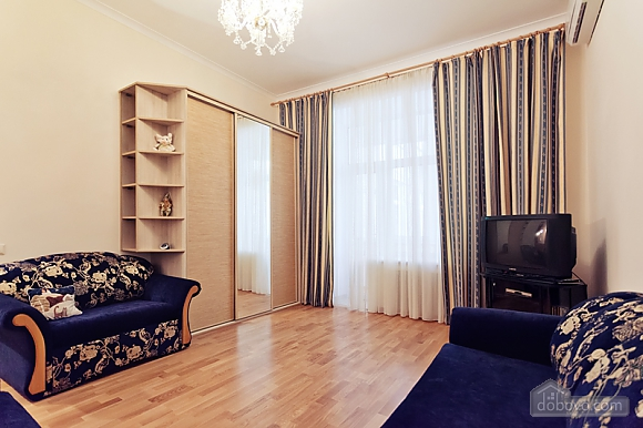 Cozy one bedroom apartment in the center of Kiev, Zweizimmerwohnung (22818), 002