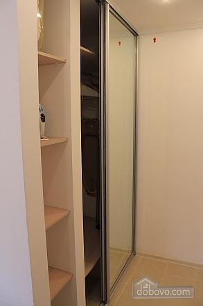 Квартира в центре города, 1-комнатная (45796), 008