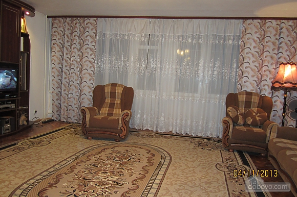 Тиха квартира неподалік від центру, 2-кімнатна (68378), 003