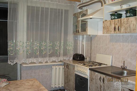 Тиха квартира неподалік від центру, 2-кімнатна (68378), 015
