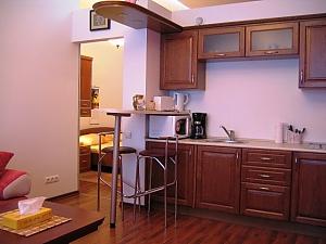 One bedroom apartment on Mykhailivska (112), One Bedroom, 020