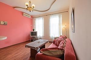 One bedroom apartment on Mykhailivska (112), Zweizimmerwohnung, 003