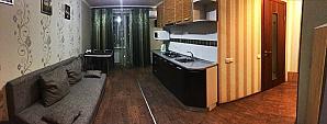 Чудова стильна квартира в центрі, 2-кімнатна, 002