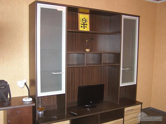 Квартира в самом центре, 2х-комнатная (30665), 004