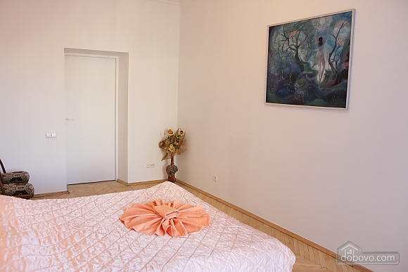 One bedroom apartment on Triokhsviatytelska (602), One Bedroom (60599), 024