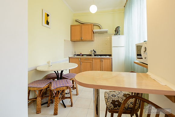 One bedroom apartment on Triokhsviatytelska (602), One Bedroom (60599), 011