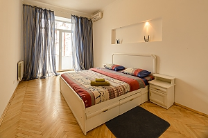 One bedroom apartment on Triokhsviatytelska (602), Una Camera, 001