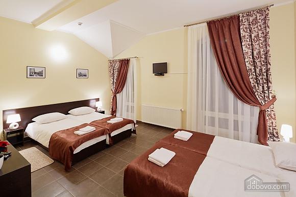 Cozy suit in a mini-hotel, Studio (56602), 001