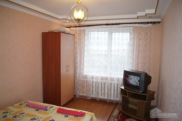 Warm apartment in Zhytomir city center, One Bedroom (17907), 001