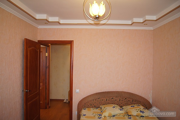 Warm apartment in Zhytomir city center, One Bedroom (17907), 006