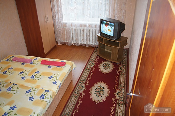 Warm apartment in Zhytomir city center, One Bedroom (17907), 011