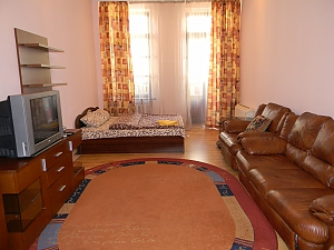 Квартира в центрі Києва, 2-кімнатна, 003