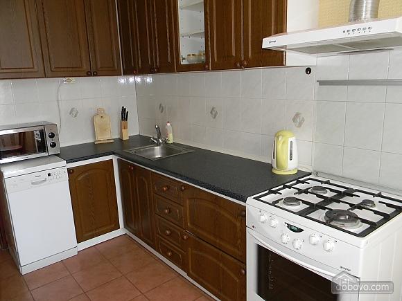 Квартира в центре Киева, 2х-комнатная (76388), 006