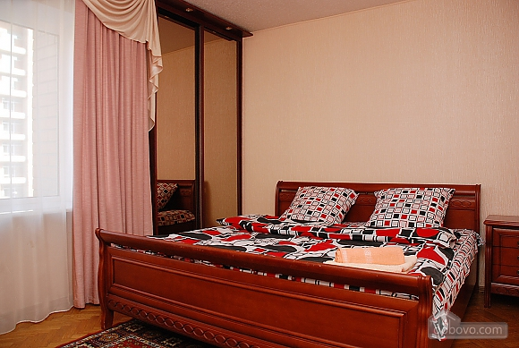Квартира в центре Киева, 2х-комнатная (99325), 001