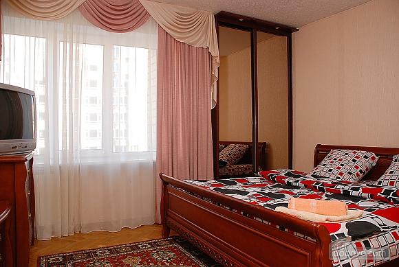 Квартира в центре Киева, 2х-комнатная (99325), 002