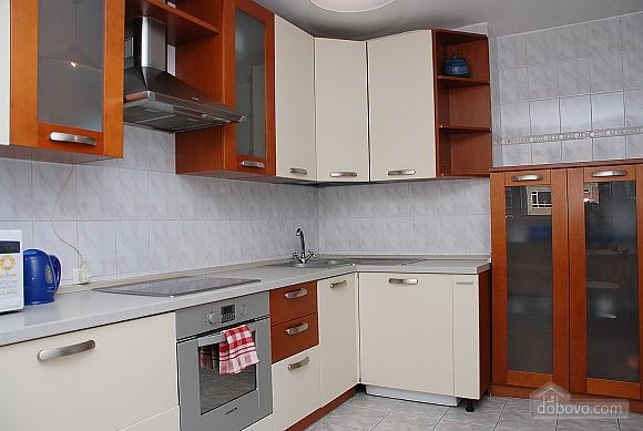Квартира в центре Киева, 2х-комнатная (99325), 005