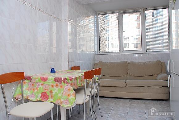 Квартира в центре Киева, 2х-комнатная (99325), 007