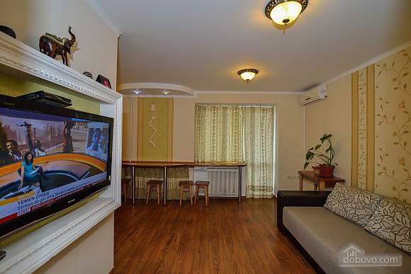 Квартира возле Ангела, 2х-комнатная (90192), 001