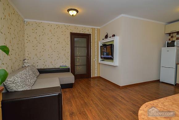 Квартира возле Ангела, 2х-комнатная (90192), 002