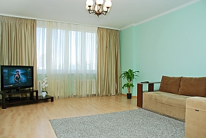 Spacious apartments near Osokorky, Two Bedroom, 002