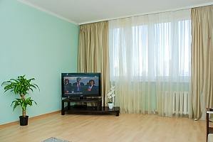 Spacious apartments near Osokorky, Two Bedroom, 003