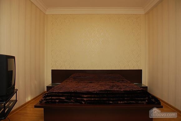 Spacious apartments near Osokorky, Due Camere (68162), 001