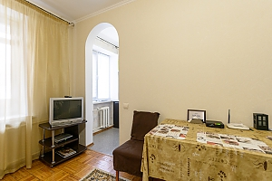 Apartment near Olimpiiskyi stadium, Studio, 002
