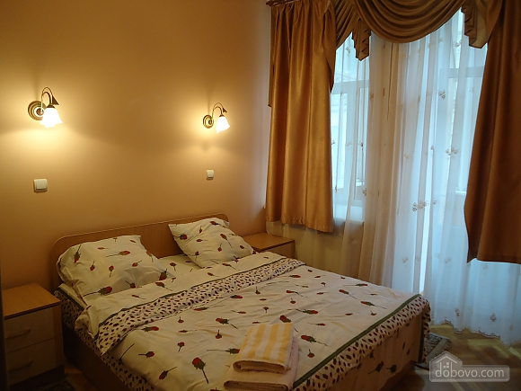 Apartment in the center, One Bedroom (87929), 005