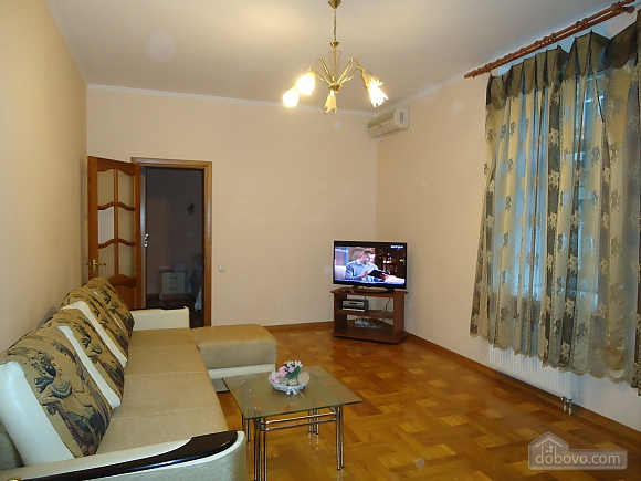 Квартира в центре, 2х-комнатная (87929), 008