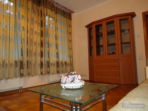 Квартира в центре, 2х-комнатная (87929), 009