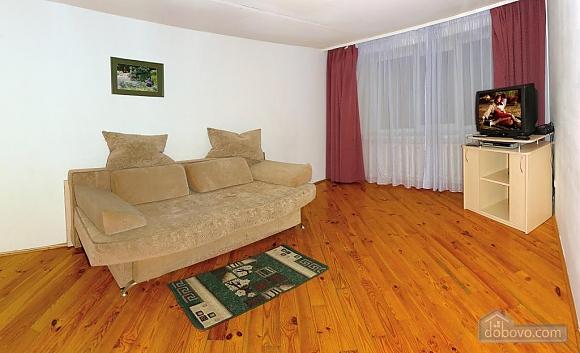 Daily rent in Truskavets, Dreizimmerwohnung (72192), 002