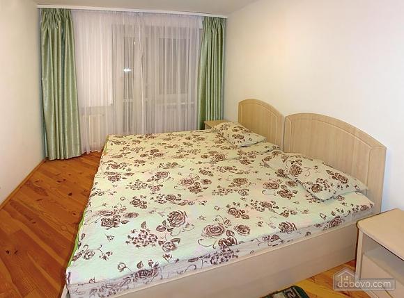 Daily rent in Truskavets, Dreizimmerwohnung (72192), 004