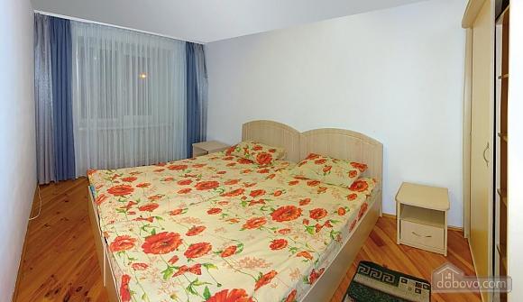 Daily rent in Truskavets, Dreizimmerwohnung (72192), 005