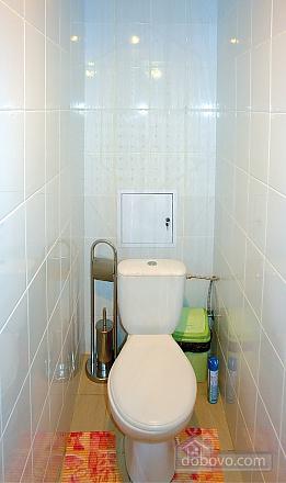 Уютная квартира в Трускавце, 3х-комнатная (14042), 003