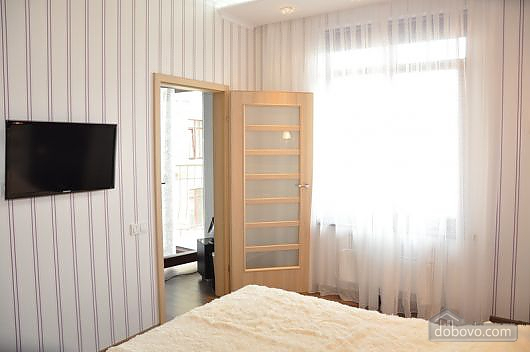 Luxury with balcony in the city center, One Bedroom (23604), 002