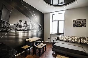 Квартира з дизайнерським ремонтом, 2-кімнатна, 001