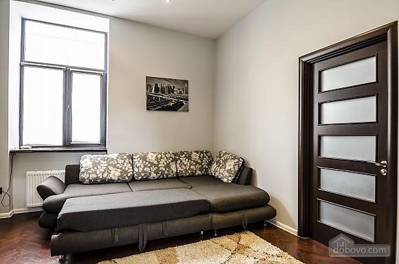 Квартира з дизайнерським ремонтом, 2-кімнатна (99593), 004