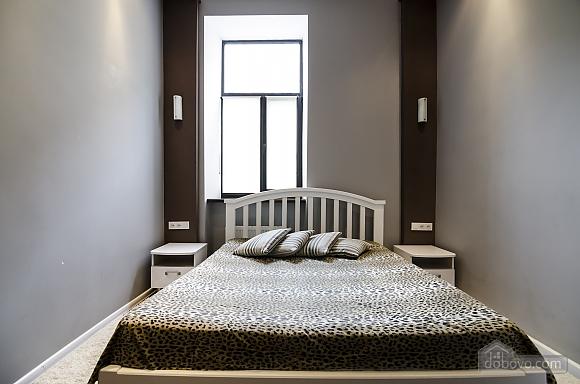 Квартира з дизайнерським ремонтом, 2-кімнатна (99593), 006