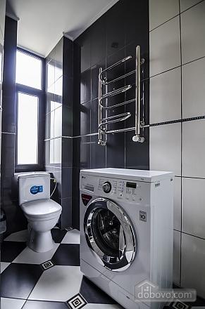 Квартира з дизайнерським ремонтом, 2-кімнатна (99593), 009