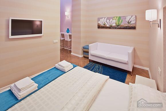 Красивая квартира, 1-комнатная (85744), 002