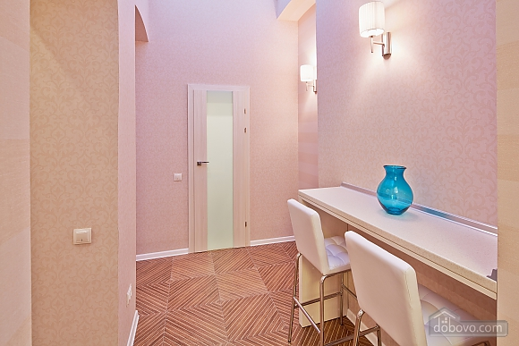 Красивая квартира, 1-комнатная (85744), 007